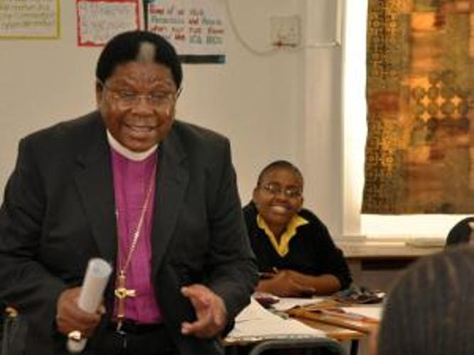 Archbishop Ndungane addresses a Grade 10 English class at Inanda Seminary
